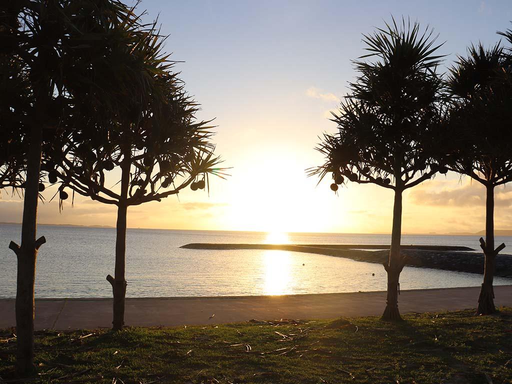宇堅ビーチの朝日